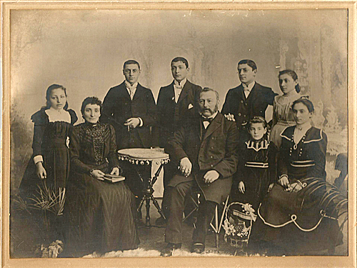 Photo of the Bermann family (taken around 1900)