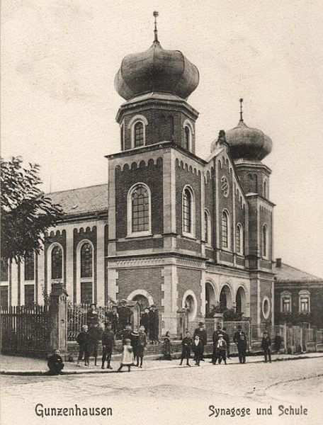 The Synagogue and School in 1906 © Stadtarchiv Gunzenhausen